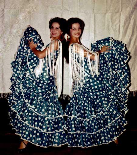 Anita & Ricarda Lugo - Los californios collection